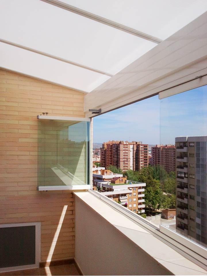 Cortinas de cristal a precios asequibles acuglass zaragoza for Cerramientos de cristal para terrazas
