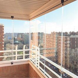Cerramientos de terrazas y cortinas de cristal acuglass - Puertas de terrazas ...