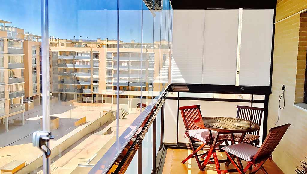 Cerramiento de Terraza de un piso en la ciudad de Zaragoza